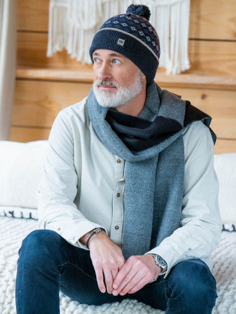 Pipolaki Ivo men  bobble hat, wool and silk, made in Italy